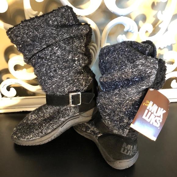 The Original Muk Luks Black Eskimo Sweater Boots 6
